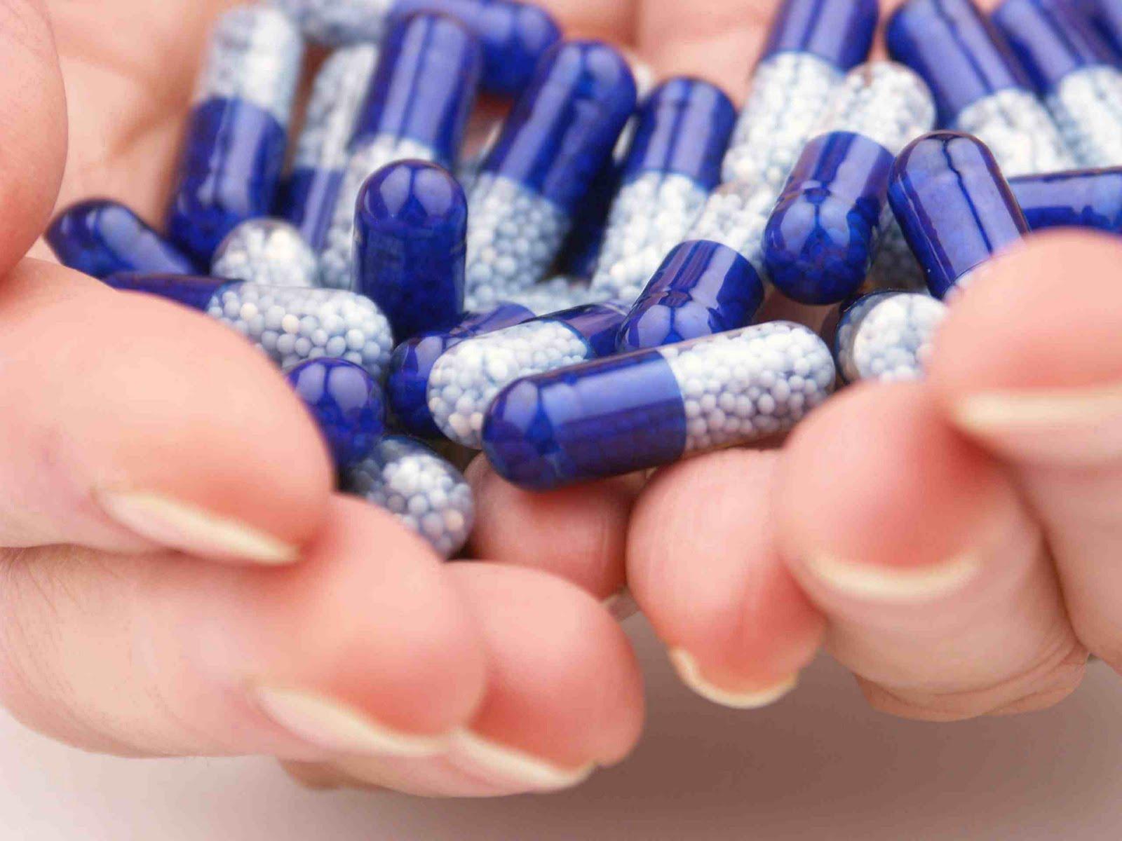 Antiácidos que contêm cálcio e magnésio (Oral)