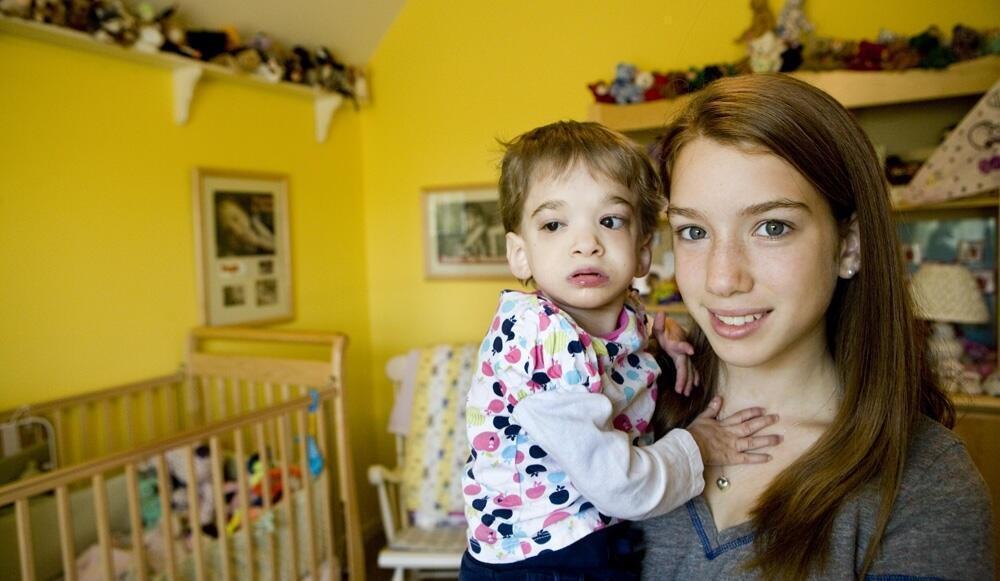 Uma Adolescente Com Corpo de Bebê