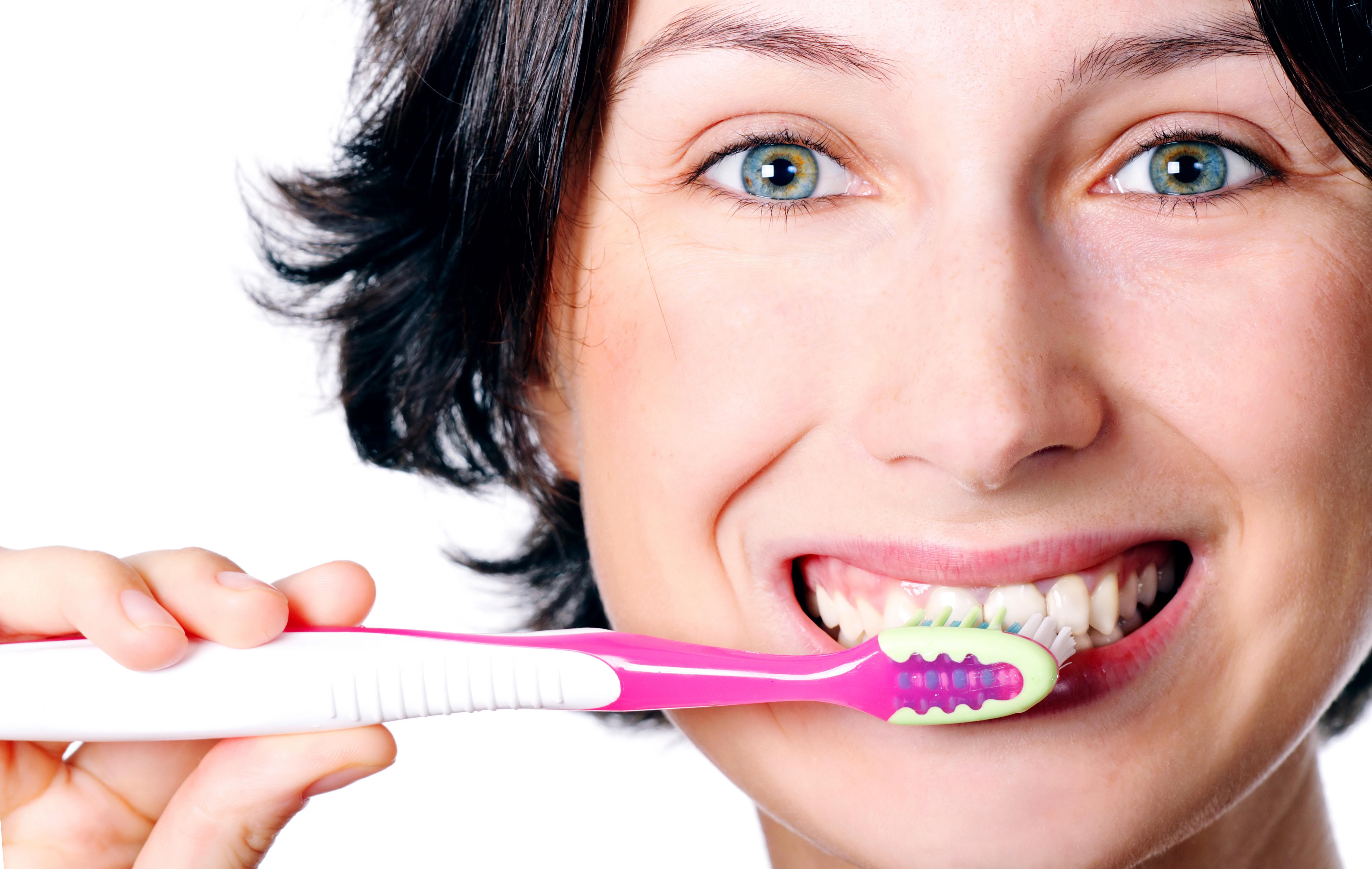 Como escovar os dentes?