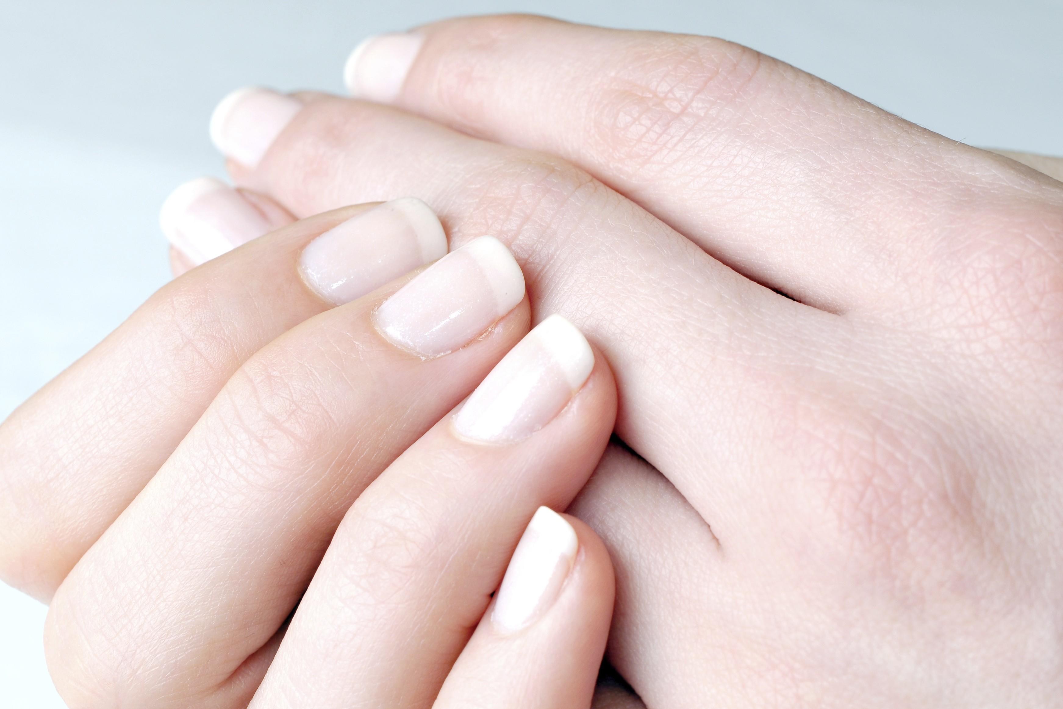 Unhas Quebradiças – Causas e Remédios para Unhas Quebradiças