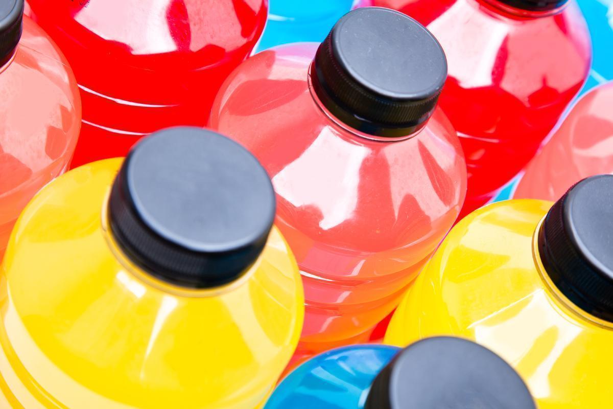 Os Perigos da Bebida Energética para os Dentes | Alguns Cuidados com os Dentes ao Consumir Energéticos