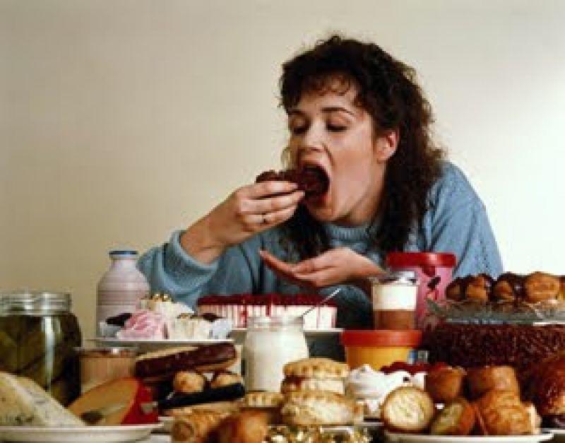 Quatro Razões Para Comer Sem Ter Fome   Quatro Modos de Evitar Comer Sem Ter Fome