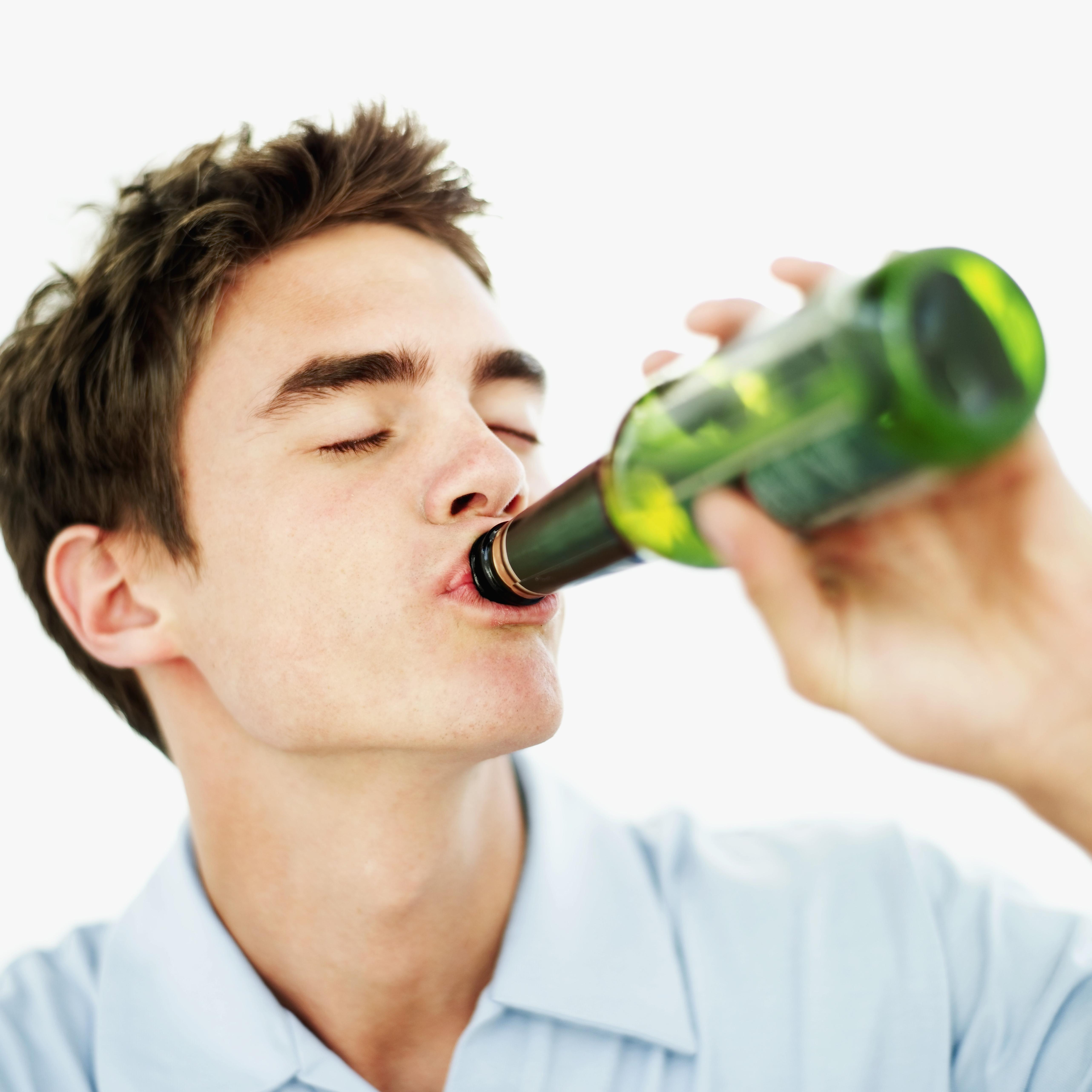 Álcool, Tabaco e Maconha Aumentam as Chances de Dupla Patologia  em Adolescentes