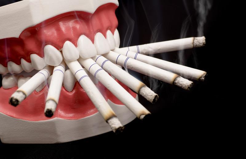 Os Efeitos Negativos do Tabaco Sobre a Saúde Bucal