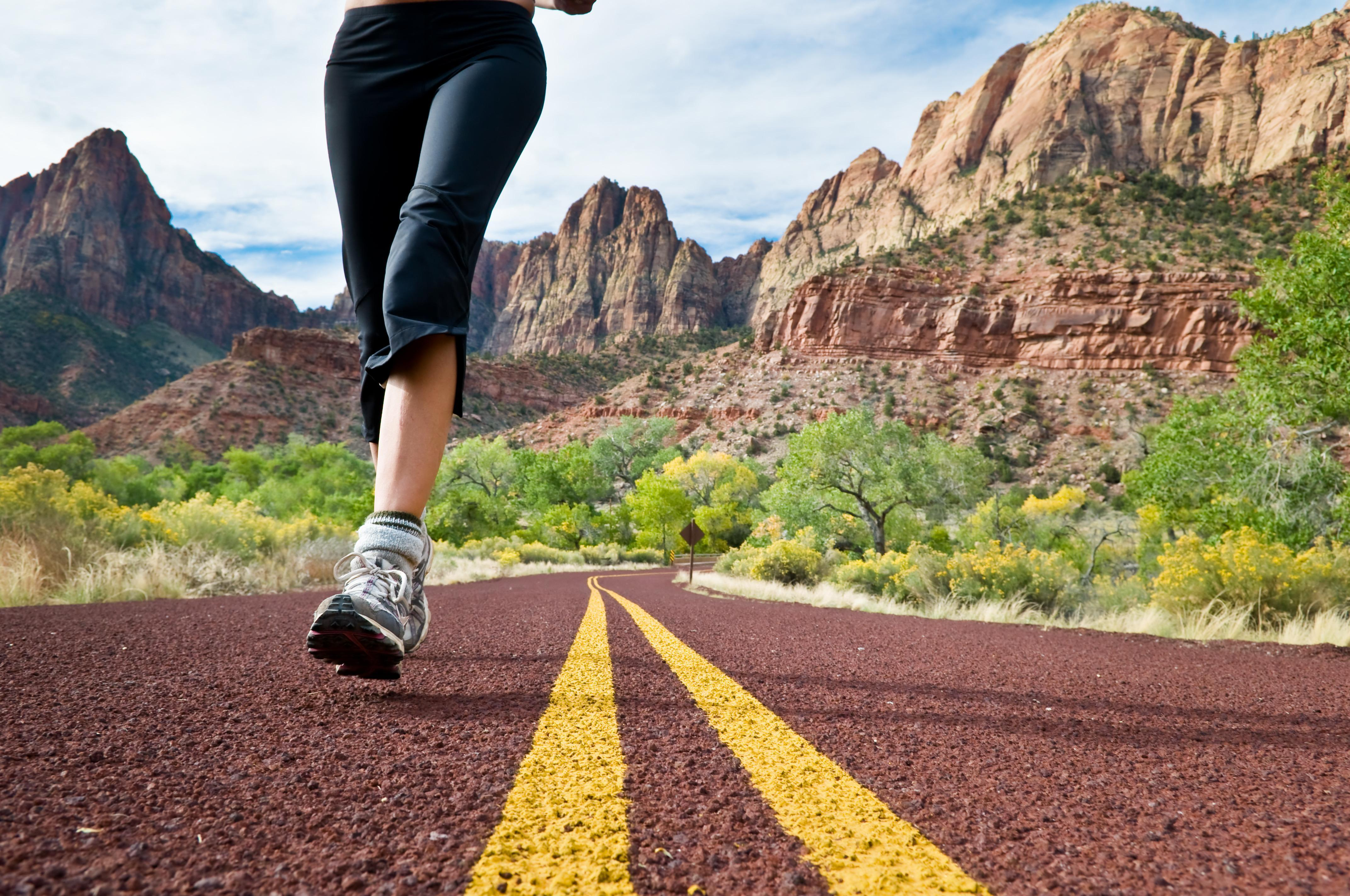 Caminhada a Ritmo Moderado, Rápido ou Correr. Qual Queima Mais Calorias?