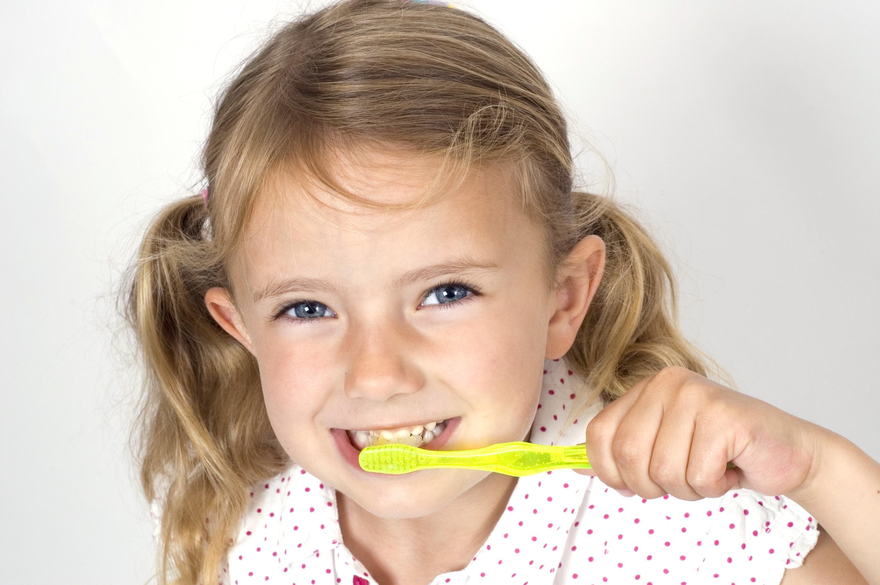 Dicas de Saúde Bucal Para Crianças e Bebês