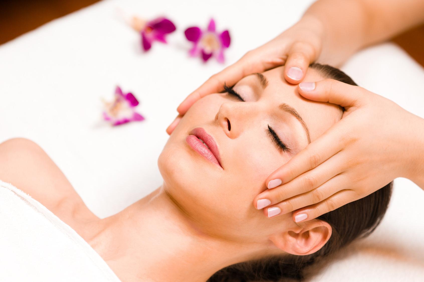 Benefícios da Massagem Kobido: O Lifting Japonês