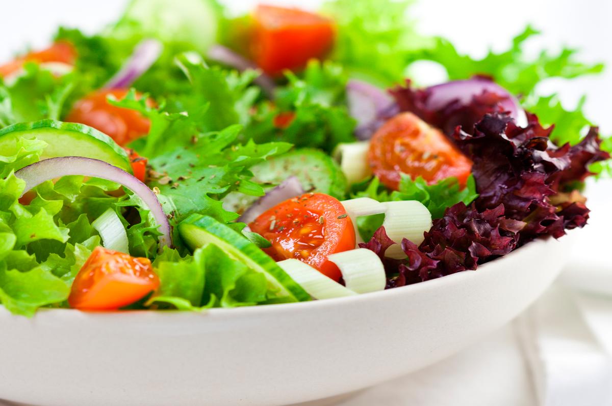 As Saladas Podem Rejuvenescer a Nossa Pele?