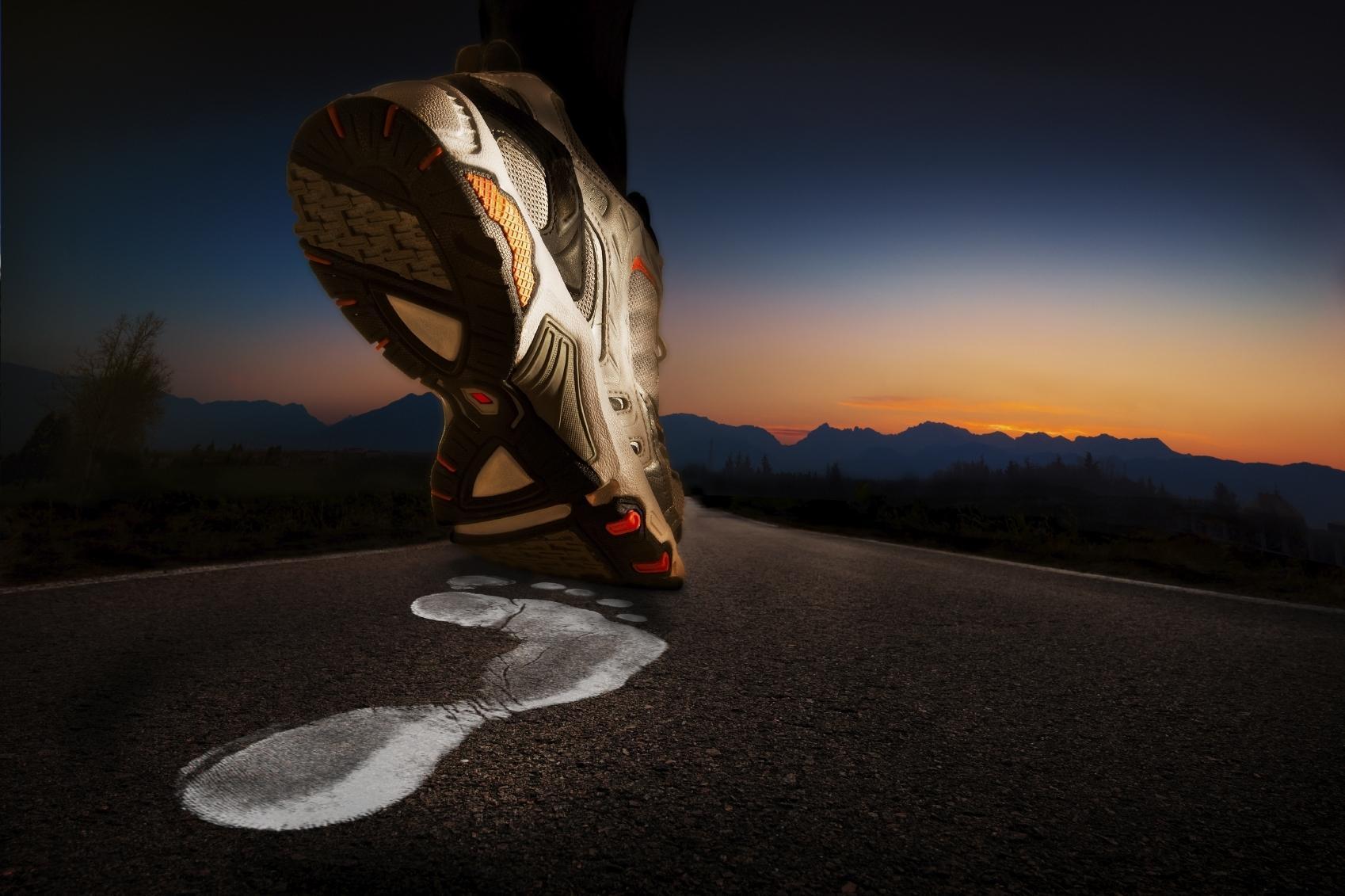 Como Descansar o Peso do Corpo Durante a Corrida