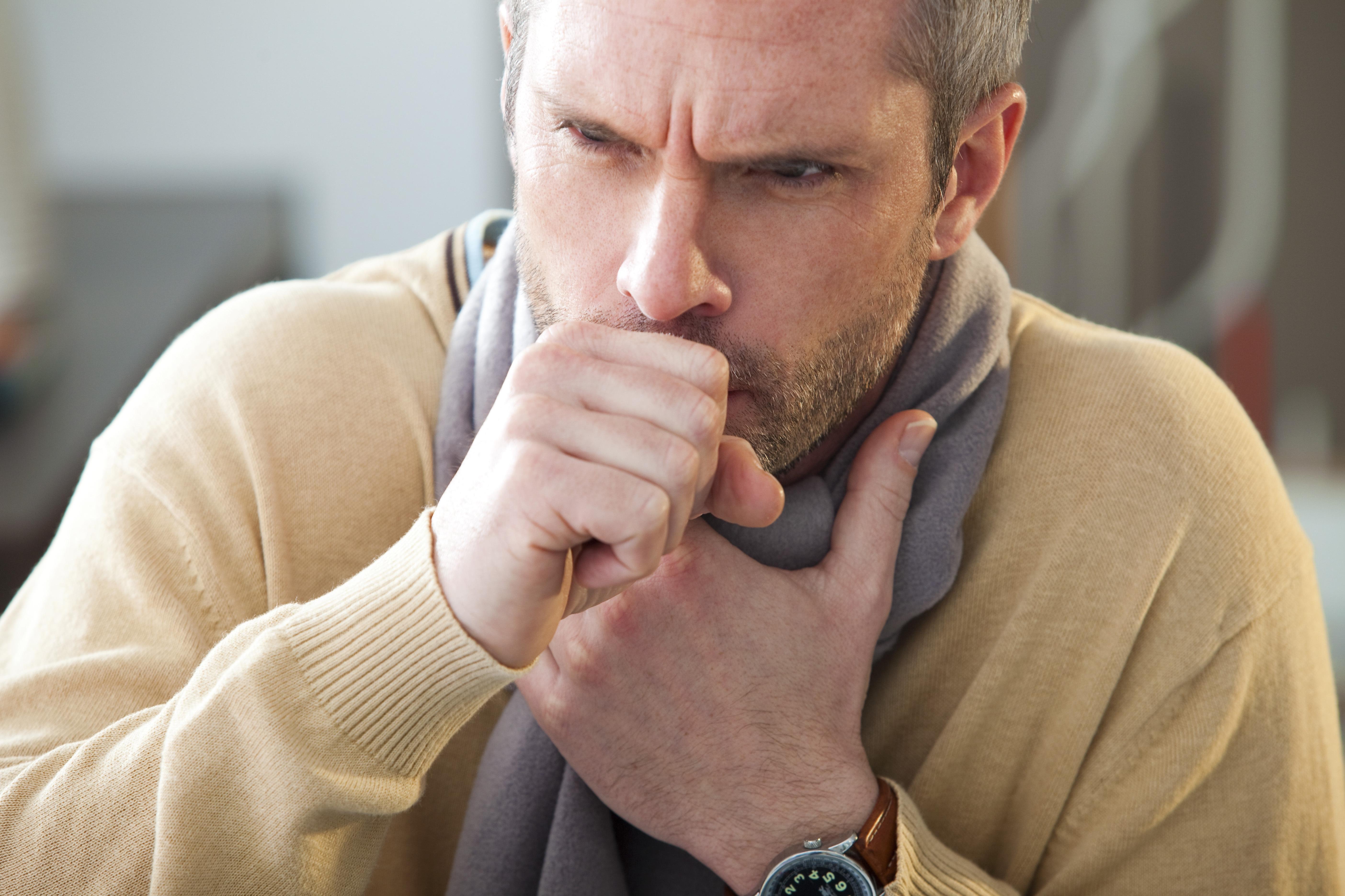 Tosse: Sintomas, Causas e Remédios Caseiros