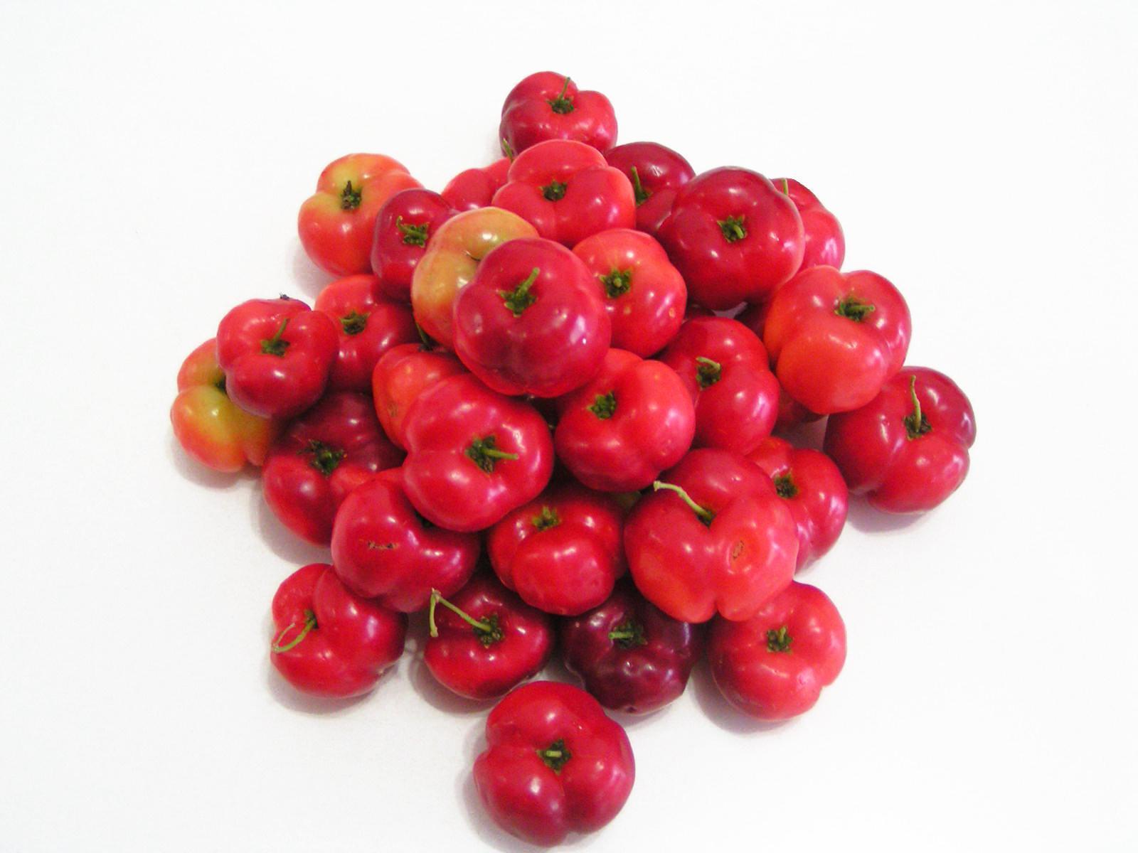 Propriedades da Acerola Contra o Colesterol Elevado