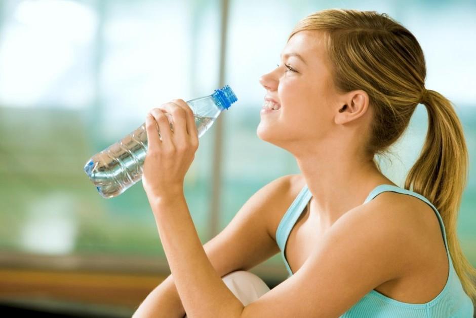 Sete Benefícios de Beber Muita Água