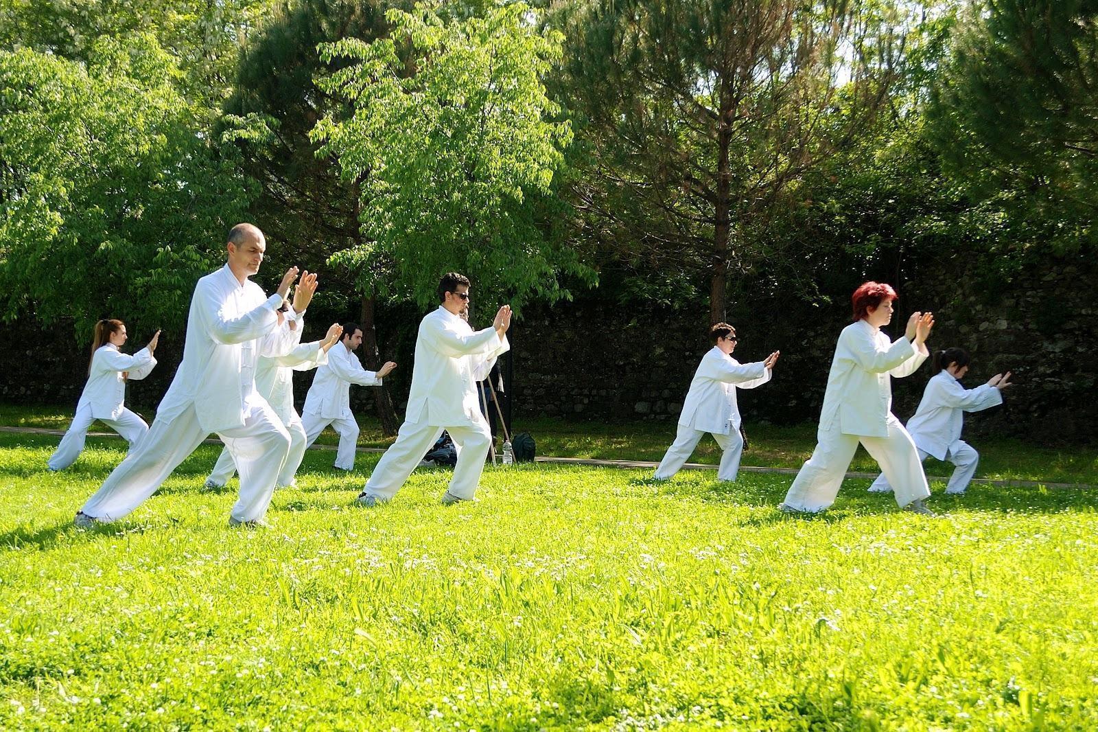 Benefícios do Tai Chi: Saúde e Relaxamento