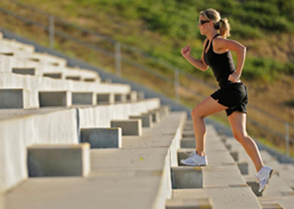 Três Exercícios Fáceis e Diários Que Te Ajudarão a Aumentar o Metabolismo