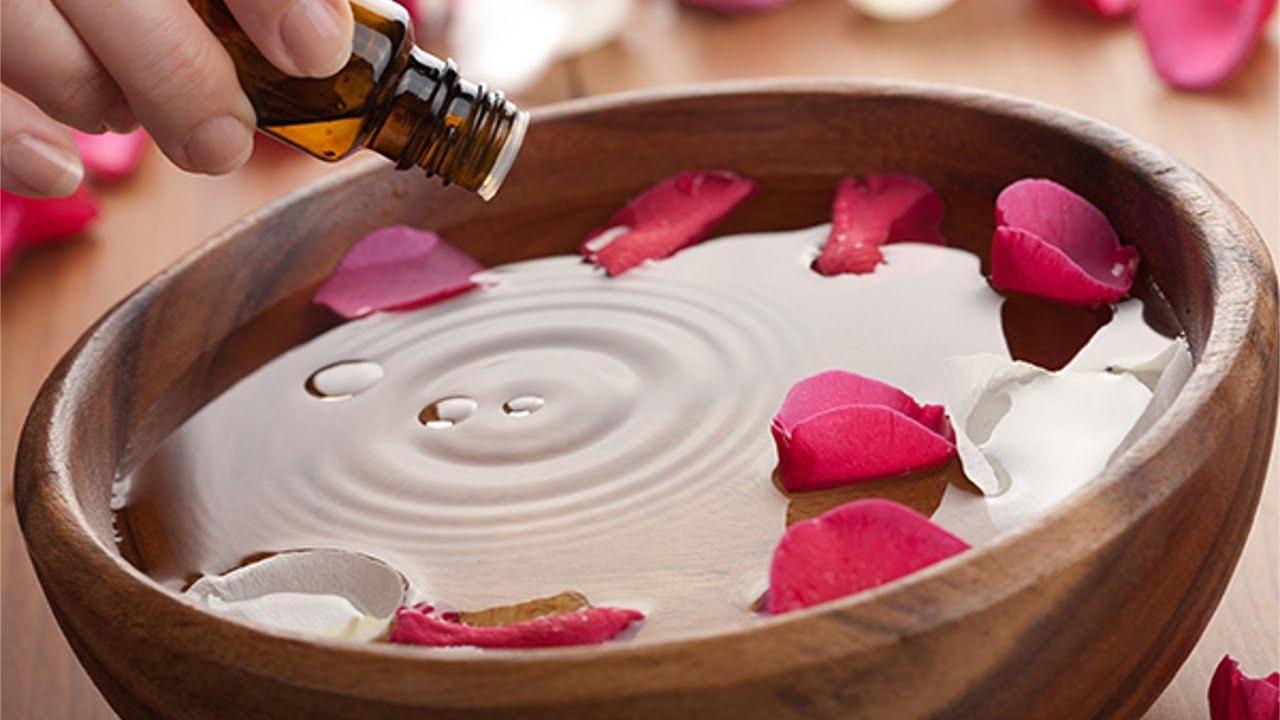 Remédios Com Rosas e Água de Rosas