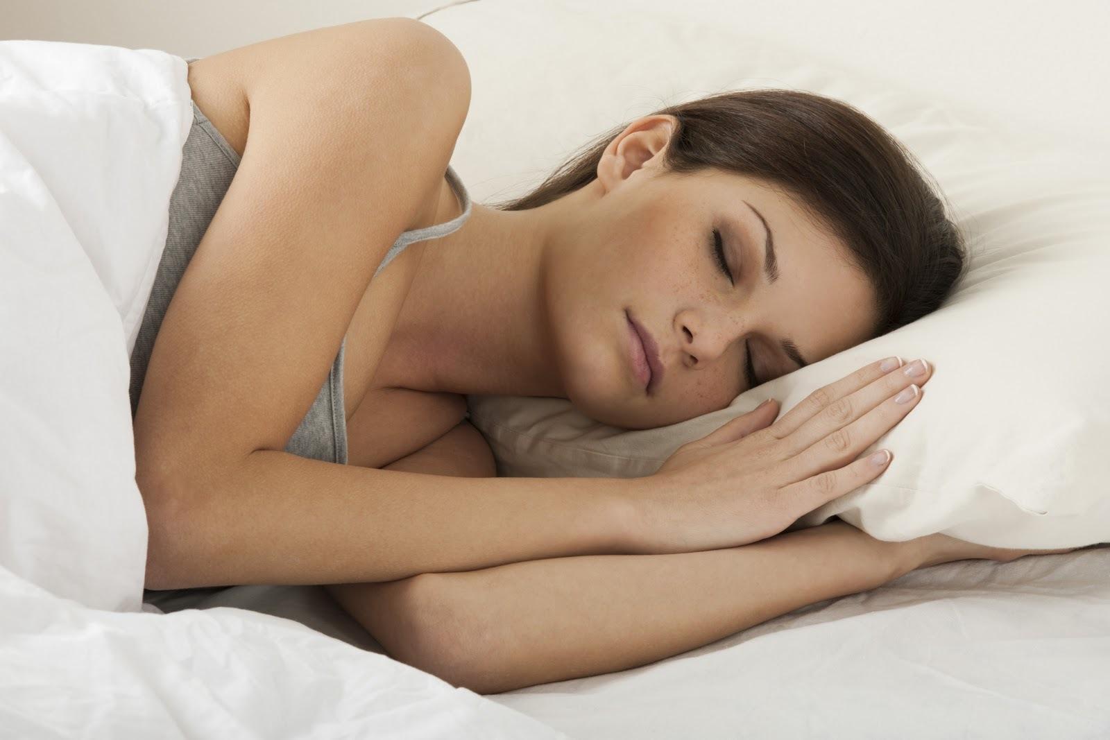 Dormir Com Sutiã, Causa Câncer de Mama ou Não?