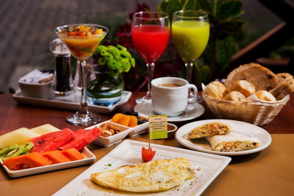 Quatro Erros Que Você Comete no Café da Manhã e te Impedem de Perder Peso