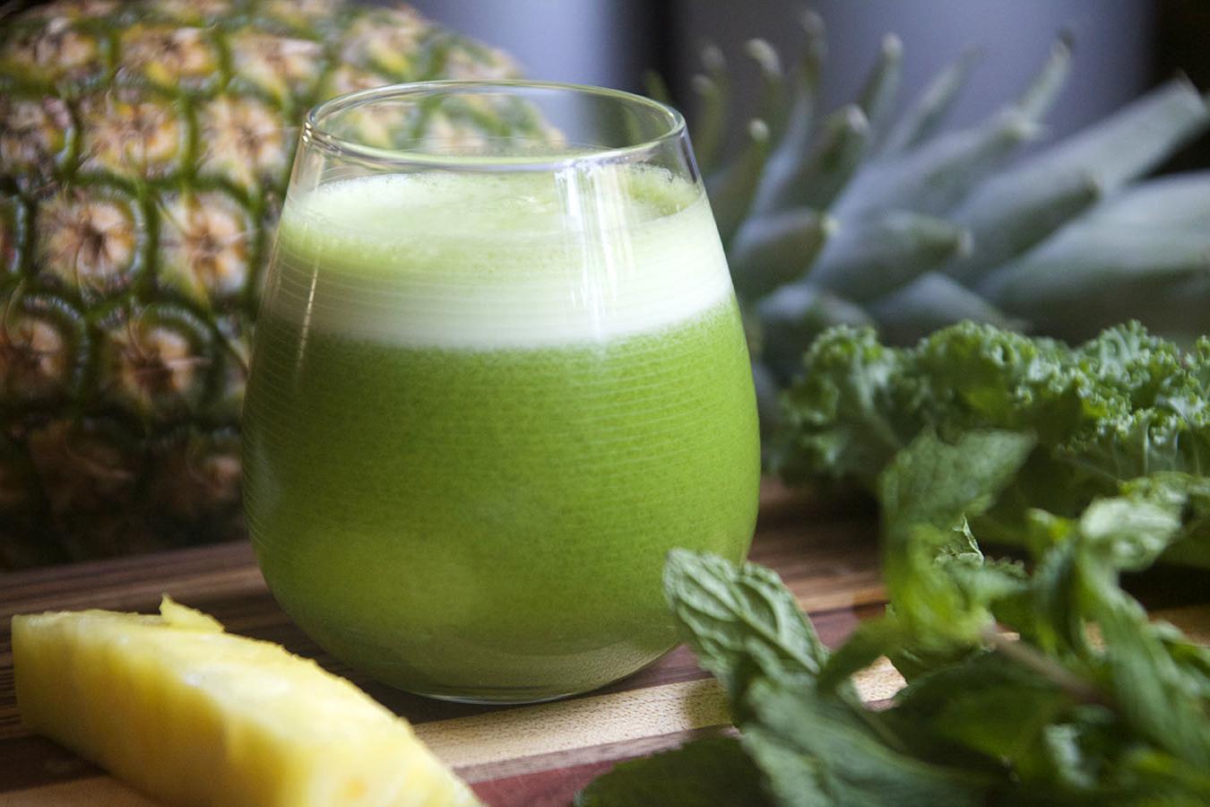 Os Melhores Sucos Verdes Para Limpar o Cólon e Perder Peso
