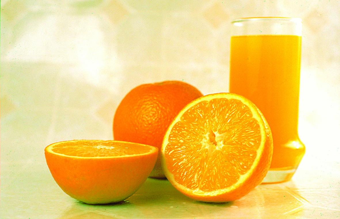 Vitamina C Ajuda a Combater Resfriados e Gripes: Verdade ou Mito?