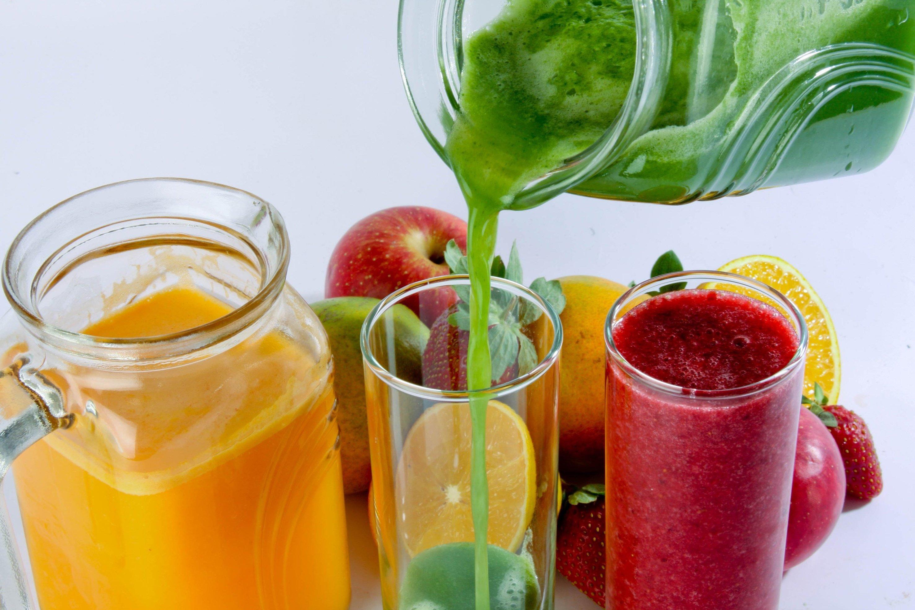 Os Sucos de Frutas têm mais Calorias do que Você Pensa