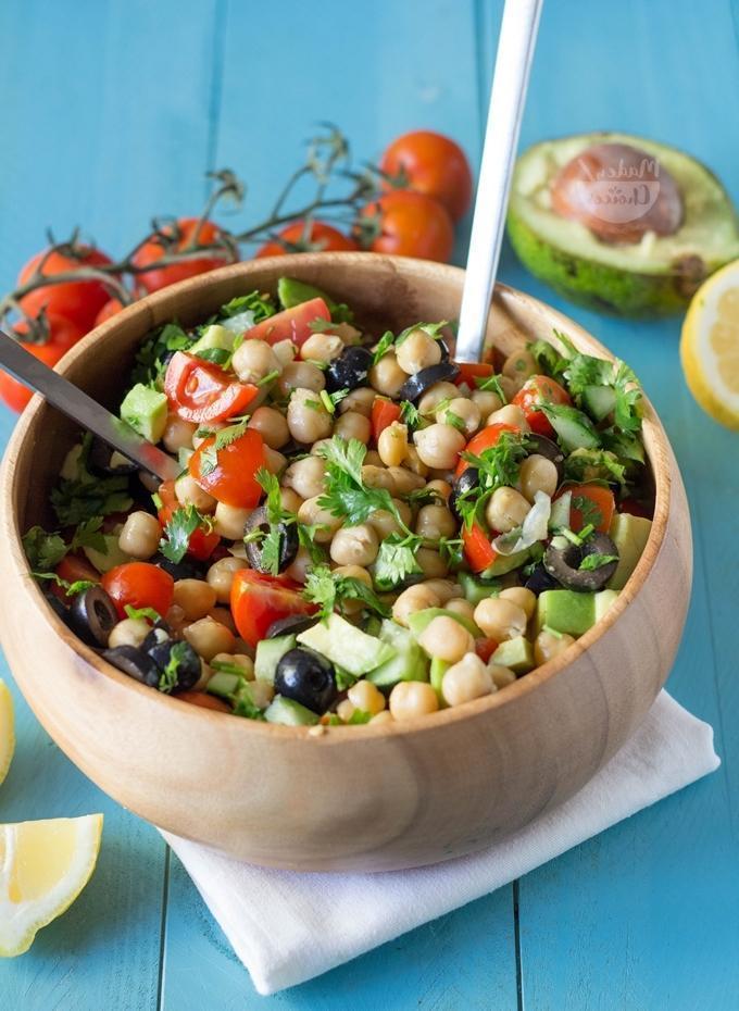 Salada Vegana Saudável de Grão de Bico
