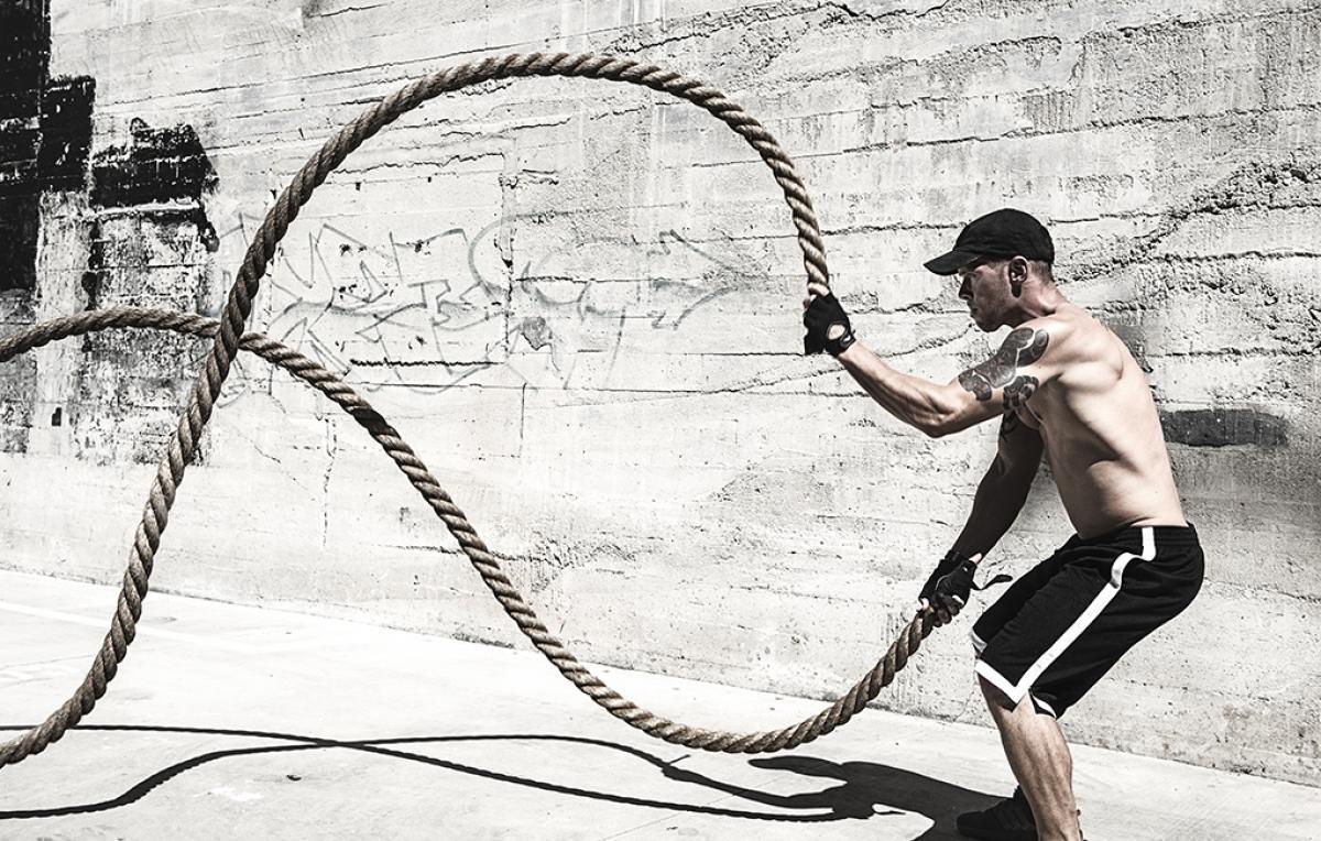 Exercícios com Cordas de Batalha para Trabalhar todos os Grupos Musculares